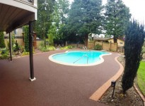 non slip rubber pool deck